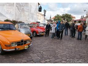 rzeszow-pojazdy-zabytkowe-rynek-dzien-serca-1