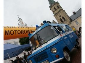 xv-rajd-pojazdow-zabytkowych-arlamow-2014-36