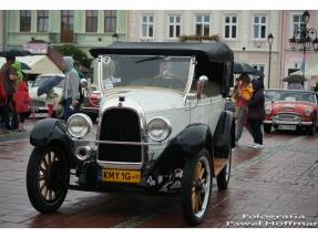 xv-rajd-pojazdow-zabytkowych-arlamow-2014-37