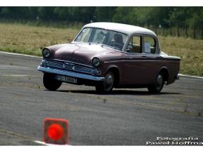 xv-rajd-pojazdow-zabytkowych-arlamow-2014-10