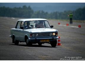 xv-rajd-pojazdow-zabytkowych-arlamow-2014-31