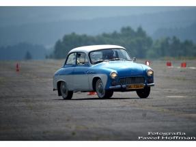 xv-rajd-pojazdow-zabytkowych-arlamow-2014-33