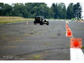 xv-rajd-pojazdow-zabytkowych-arlamow-2014-85