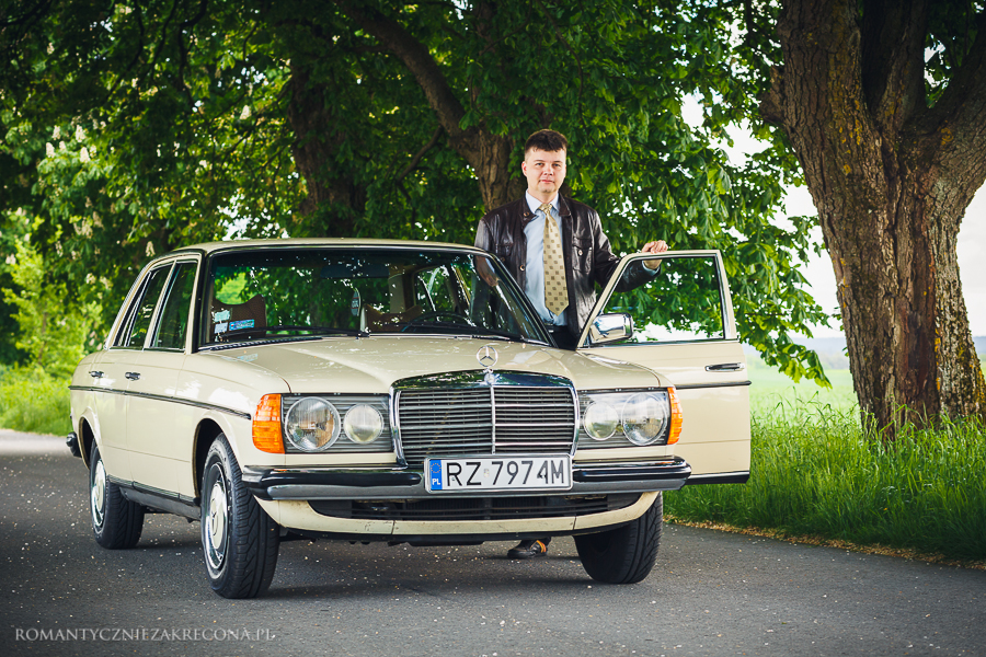 Mercedes 200 W123 i właściciel Sobiesław Żurawski