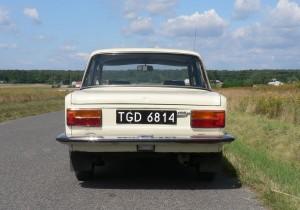 Polski Fiat 125p z 1981 roku - tył