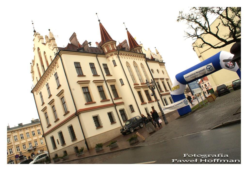 Rzeszów, Ratusz - start do jednego z jesienno-zimowych rajdów)